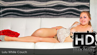 FREE PREVIEW Lulu in White Couch